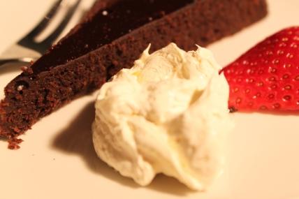 Cocolate idiot cake 4
